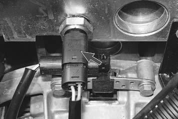 Ремонт Renault Logan : Проверка и замена датчиков системы управления двигателем