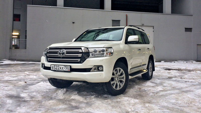 тест-драйв Toyota Land Cruiser 200