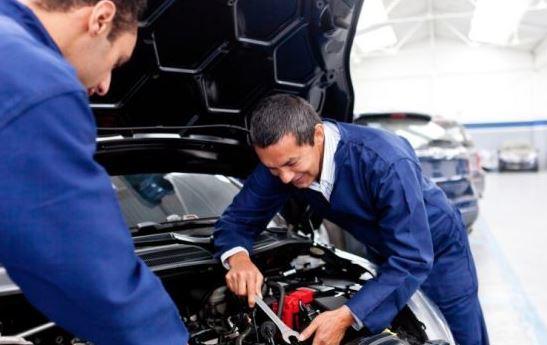 Какой инструмент нужен для ремонта двигателя?