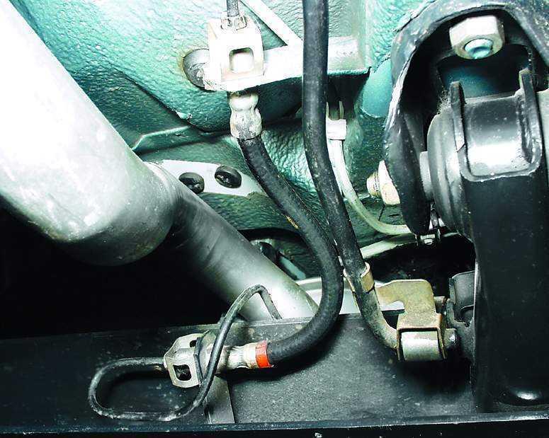 Фото №27 - замена тормозных трубок ВАЗ 2110