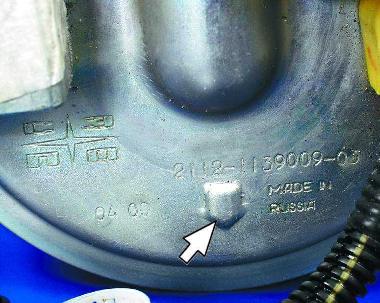 Фото №19 - ВАЗ 2110 замена топливного насоса
