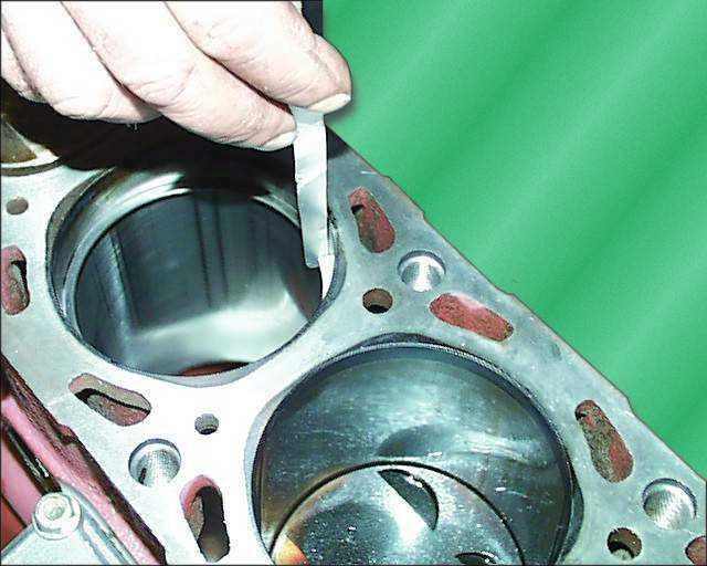 Фото №32 - допустимый зазор между поршнем и цилиндром ВАЗ 2110