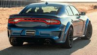 Компания выпустила самую быструю версию седана Dodge Charger SRT Hellcat